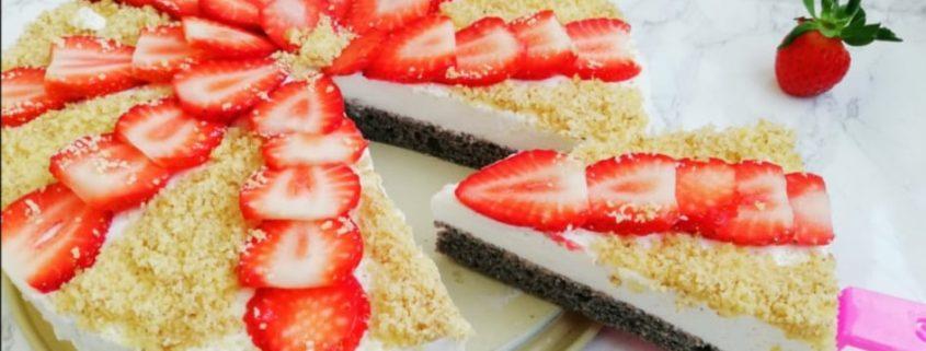 Торта парфе с ягоди